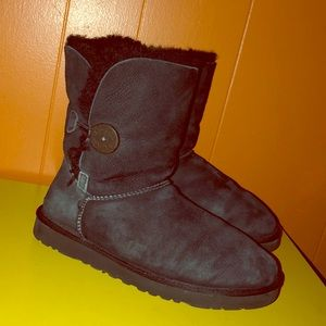 UGG 5803 Black Bailey Button Sheepskin Boots